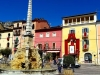 Piazza dell'obelisco in festa per la celebrazione del Volto Santo