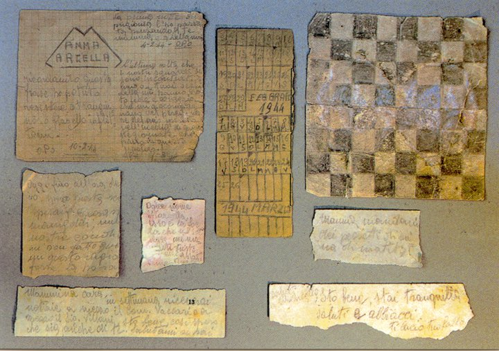 Brandelli delle lettere scritte da Orlando  Immagine di http://www.archiviodiari.org